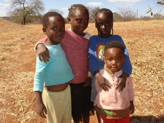 Some children who will benefit from the food aid